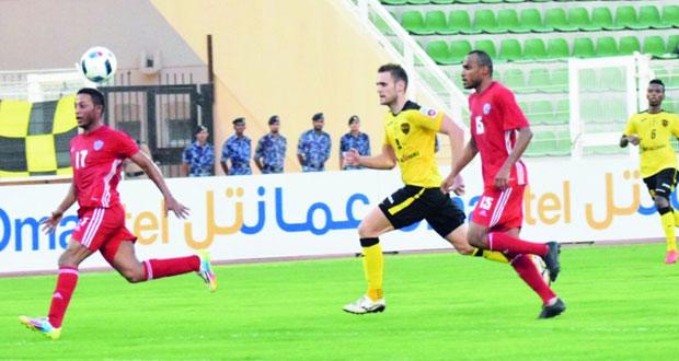 في دوري عمانتل للمحترفين.. فريق نادي عمان يتفوق على السويق بهدف