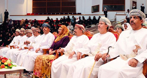 اختتام ملتقى المجالس الاستشارية الطلابية الأول بجامعة السلطان قابوس