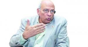 عام على رحيل الروائي المصري جمال الغيطاني