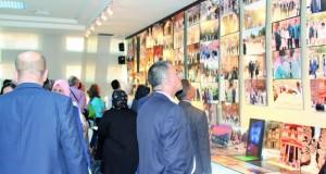 عمّان تحتضن معرضاً لصور المشاهير الذين زاروا البترا