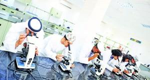 كليات العلوم التطبيقية بالسلطنة تواصل تفعيل الأعمال البحثية والارتقاء بالعملية التعليمية والتدريسية بمختلف الكليات والمجالات