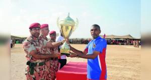 الجيش السلطاني العماني ينظم سباق ظفار السنوي لمسافة 21 كيلومتر لعام2016م
