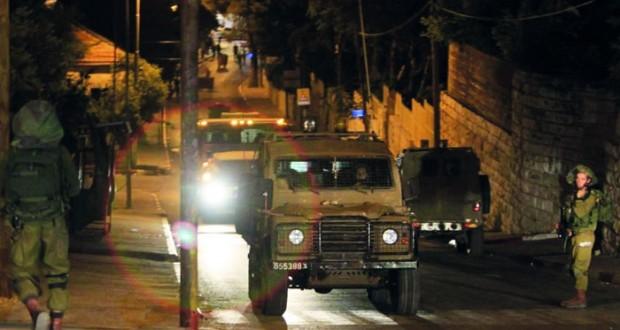 الاحتلال يقتحم مجددا مدرسة الأيتام بالقدس ويعتقل فلسطينيين بالضفة ويفتح النار بغزة