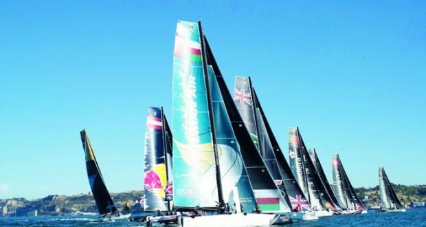 قارب الطيران العماني يفتتح الجولة بالمركز الثالث والمنافسات على أشدها من أجل الصدارة
