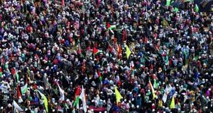 الاحتلال يمعن في التنكيل بالفلسطينيين بالضفة ويفتح النار على المزارعين والصيادين بغزة