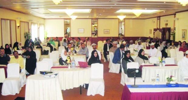 مستشفى نـزوى ينظم المؤتمر الوطني لأمراض الكلى لدى الأطفال