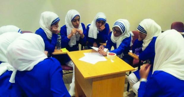 «36» ممرضا وممرضة يباشرون العمل بمستشفى عبري