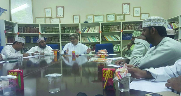 اجتماع لمشرفي النشاط الثقافي والاجتماعي بنادي بهلاء