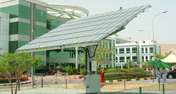 «العمانية لشـراء الطاقة والمياه» تبدأ في تطوير مشاريع الطاقة الشمسية