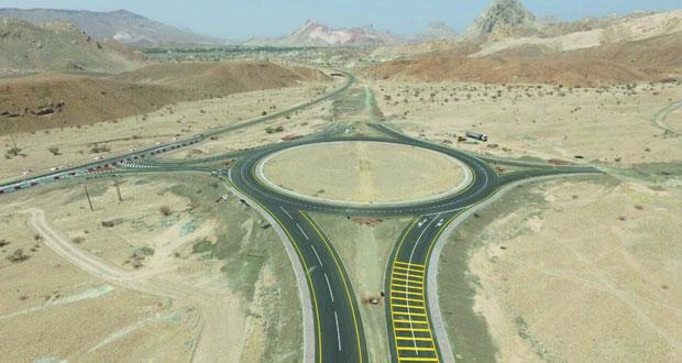 افتتاح المرحلة الأولى لازدواجية طريق عبري ـ ينقل