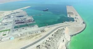 ميناء الدقم يقطع مراحل متقدمة من التنفيذ .. والحكومة تدفع بقوة لإنجاز المشـروع في الوقت المحدد