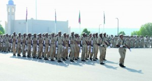 تخريج جنود مستجدين بشؤون البلاط السلطاني