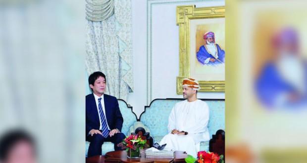 السلطنة واليابان تبحثان التعاون الثنائي