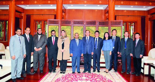 وفد جامعة السلطان قابوس يختتم زيارته للجامعات الصينية ويبدأ زيارته للجامعات السنغافورية