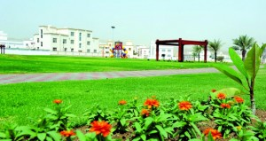 """اليوم.. بلدية مسقط تحتفل """"بيوم الشجرة"""" بمتـنزه القرم الطبيعي"""