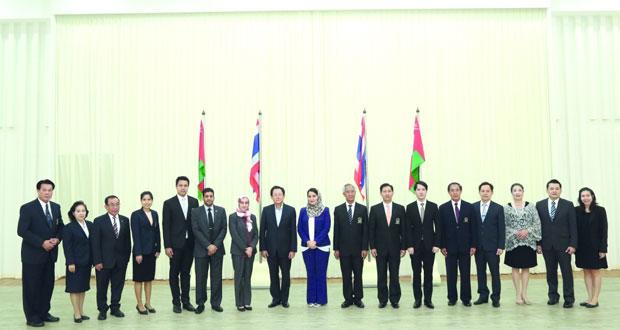 وفد جامعة السلطان قابوس يختتم زيارته للجامعات التايلندية