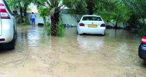 """أهالي """" المربا """" الغربية بالرستاق يطالبون بايجاد حل لفيضان مياه الامطار الناتجة عن شرجة """"هنج"""""""