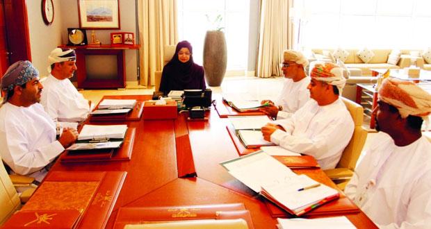 وزيرة التعليم العالي تترأس الاجتماع الثاني للجنة الرئيسية لإدارة البرنامج الوطني للدراسات العليا