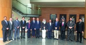 وفد جامعة السلطان قابوس يختتم زيارته للجامعات والمؤسسات البحثية السنغافورية