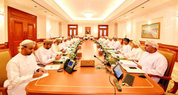 مجلس الشورى يناقش رئيس بلدية مسقط حول خطط وبرامج البلدية وأهم المشاريع بمحافظة مسقط