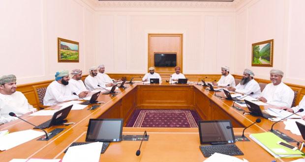 """""""تشريعية وقانونية الشورى"""" تناقش تعديلاتها على اللائحة الداخلية بالمجلس"""