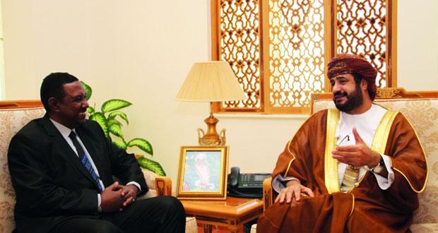 بحث التعاون بين السلطنة والسودان فـي مجالات الخدمة المدنية