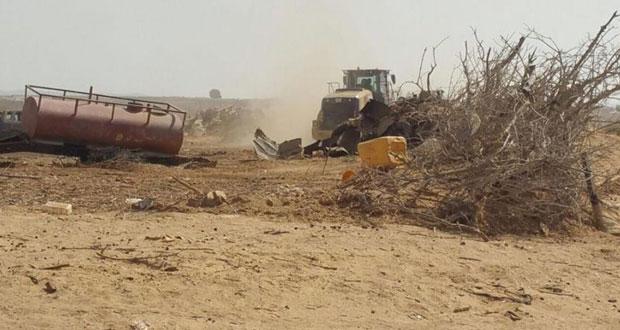 الاحتلال يهدم 15 منزلًا بالنقب ويشن حملة قمع واعتقال بالضفة