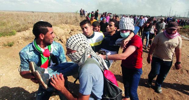 الاحتلال يقتحم (الدهيشة) ويبلطج على الفلسطينيين وممتلكاتهم