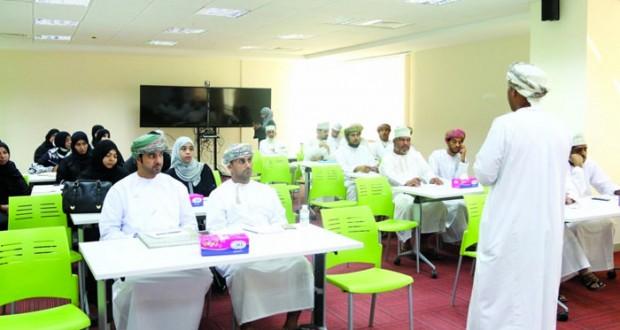 أكثر من 90 مؤسسة صغيرة ومتوسطة تشارك في فعاليات «إبداعات عمانية 4»