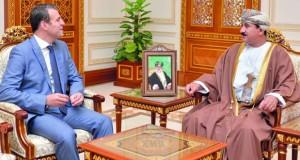 وزير المكتب السلطاني يستقبل سفراء لبنان وسوريا وتركيا