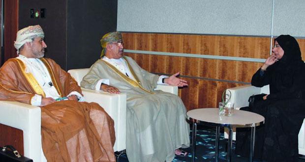 السلطنة تشارك في أعمال مؤتمر القمة العالمية للابتكار في الرعاية الصحية بقطر