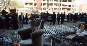 تركيا: مقتل طفلين في انفجار قنبلة واتهام مقاتلين أكراد بهجوم ديار بكر