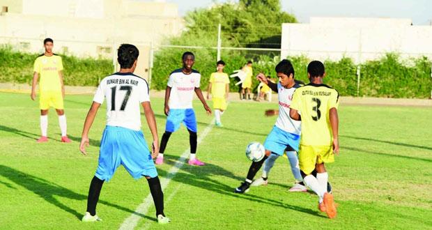 دوري عمان للمدارس على مستوى مدارس تعليمية جنوب الشرقية يشهد منافسات قوية