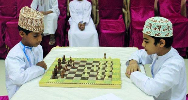 انطلاق مسابقة الشطرنج بنادي قريات بمشاركة أربعة وأربعين مشاركا