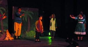 تواصل عروض مسابقات مسرح الطفل والكبار والشارع في مهرجان الدن العربي