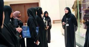 جمعية المرأة العمانية بصور تنظم زيارتين للمتحف الوطني ومتحف بيت الزبير