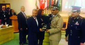 شرطة عمان السلطانية تفوز بجائزة أفضل فيلم توعوي حول مخاطر مواقع التواصل الاجتماعي