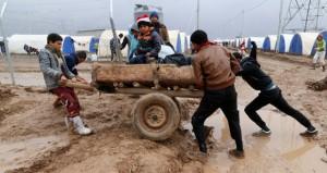 العراق: 35 مليار دولار كلفة الحرب على داعش و120 ألف نازح من نينوي