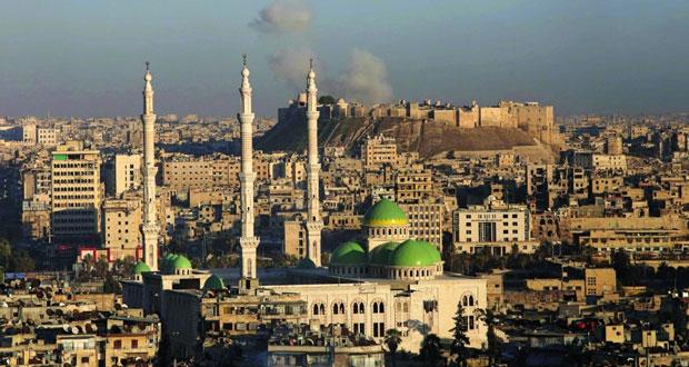 الجيش السوري يؤمن طريق مطار حلب وموسكو مستعدة للحديث مع واشنطن