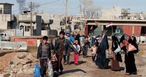 حرب شوارع موحلة في الموصل و مئات المدنيين يفرون من مناطق القتال