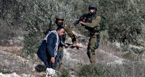 الاحتلال يطلق النار على فلسطينية قرب القدس ويقمع مسيرات الفلسطينيين (السلمية)
