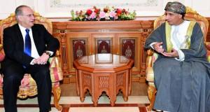 فهد بن محمود يستقبل وزير الخارجية القبرصي