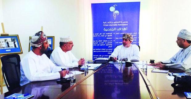 لجنة الإعلام الرياضي تناقش تدشين برامجها بالاستفتاء الرياضي