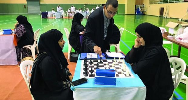 اختتام ناجح لدورة الشطرنج بمشاركة 50 معلما ومعلمة بمحافظة شمال الباطنة