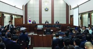 كوريا الجنوبية: صديقة الرئيسة تنفي التهم الموجهة إليها وتقول إنها تعرضت (لظلم شديد)