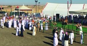 الْيَوْمَ … ختام مهرجان حمراء الدروع الثالث لمزاينة الإبل بعبري