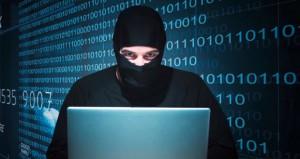 """""""الإرهاب الإلكتروني"""" أخطر معارك حروب الفضاء"""