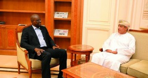 رئيس أركان جمهورية مالي يصل السلطنة