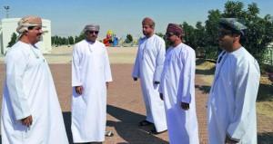 وزير البلديات يتابع المشاريع البلدية والمائية بالوسطى
