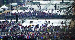 على وقع حشود للمؤيدين والمعارضين .. ترامب الرئيس الـ45 للولايات المتحدة